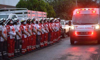 Rinden homenaje a los muertos por los sismos. Foto: Especial
