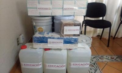 Tres cubetas de sanitizante recibe Jalisco para desinfectar 13 mil escuelas