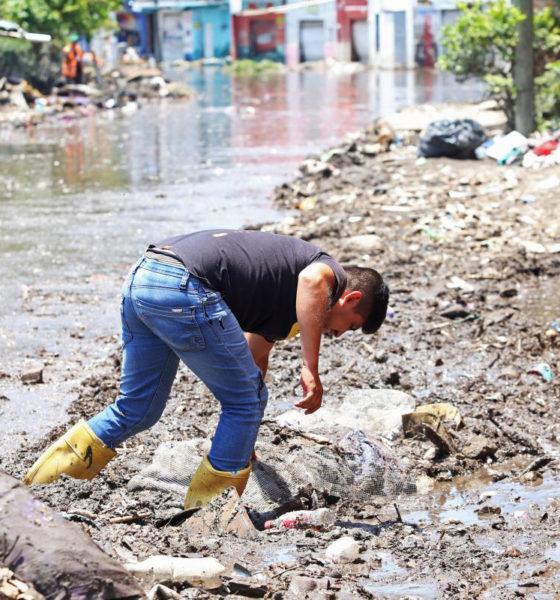 """""""AMLO no se ensucia los zapatos por la gente"""" Kenia López"""