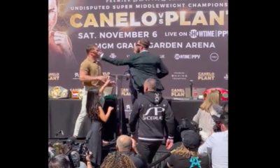 Plant le pegó a Canelo. Foto: Twitter