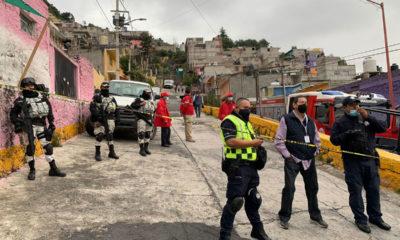 e reanudaron las maniobras de búsqueda y rescate de los dos menores de edad y un adulto las cuales se presume quedaron atrapados en el derrumbe del pasado viernes en la colonia Lázaro Cárdenas 3 sección en Tlalnepantla Estado de México.