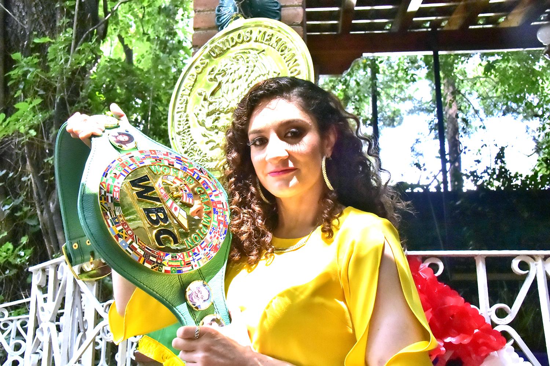 """Jessica """"Magnifica"""" González se pone el verde y oro. Noticias en tiempo real"""