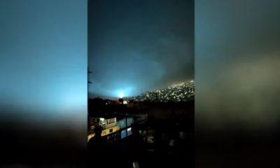 """Aparecen """"luces de terremoto""""… esto lo explica"""