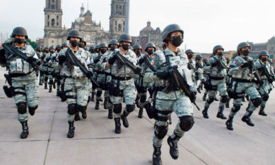 Las mujeres en el desfile militar