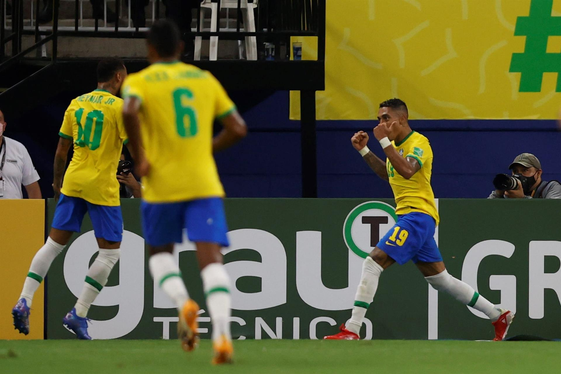 Brasil y Argentina, a un paso de Qatar 2022. Foto: Twitter