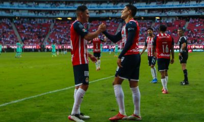 Chivas se sacude presión. Foto: Twitter