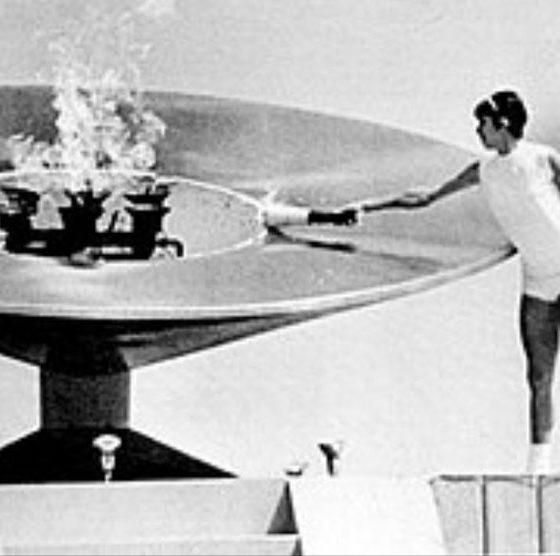 El histórico momento de Enriqueta Basilio en México 1968. Foto: Twitter COM