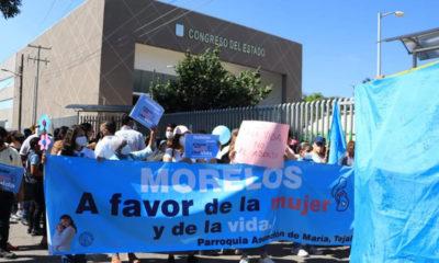 Organizaciones provida se manifiestan en Congreso de Morelos
