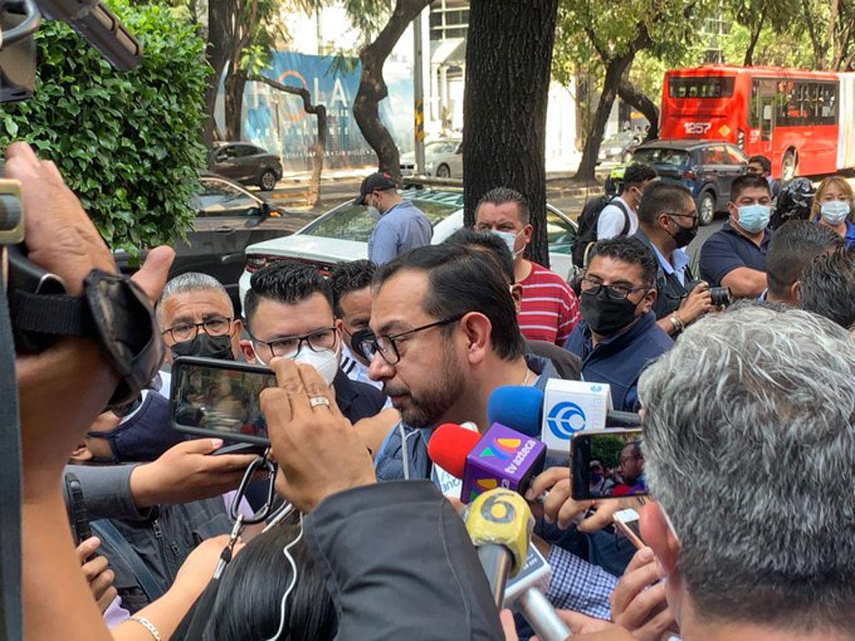Identifican a policía agresor de líder de la Unión Nacional de Gaseros