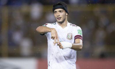 Raúl Jiménez con la selección. Foto: Twitter