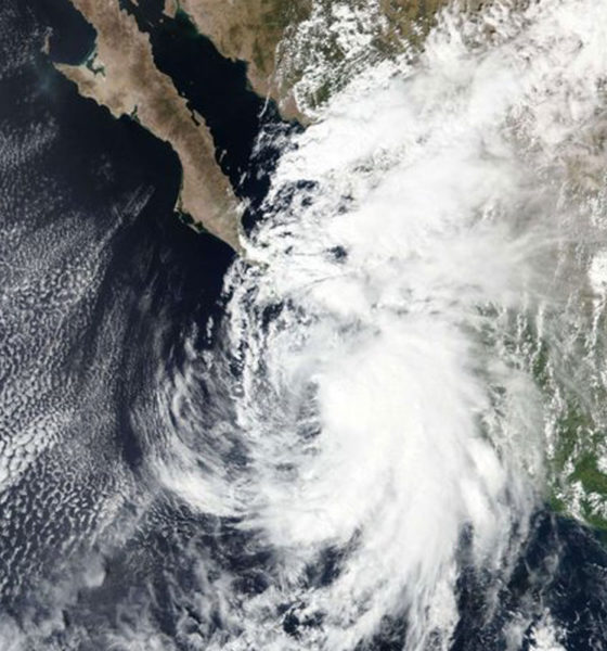 """Huracán """"Pamela"""" toca tierra en Sinaloa, es categoría uno"""