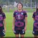 Jugadoras de futbol exhortan a mujeres a autoexplorarse para detectar cáncer de mama