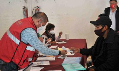 Reciben 42 familias apoyos por desgajamiento en el Chiquihuite