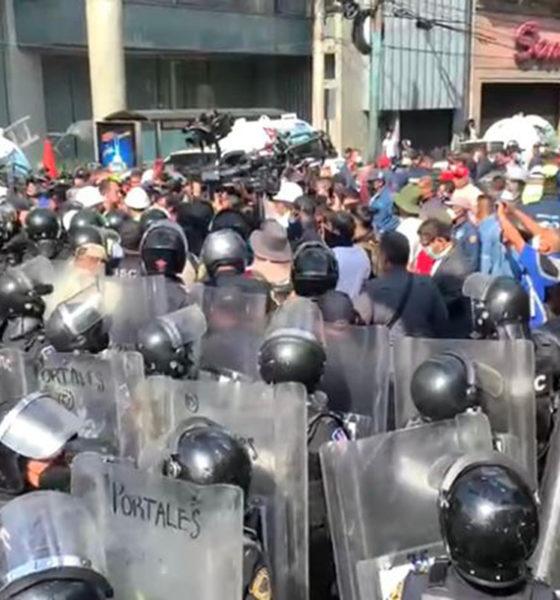 Abren mangueras de gas durante manifestación de piperos